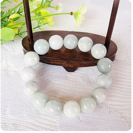 Bracelet Jade Boule Blanc